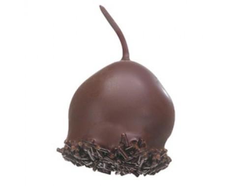 ליקר ודובדבן טבול בשוקולד מריר.